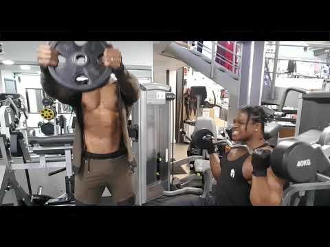 Bodybuilders sweet talking