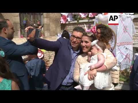 Christians celebrate Easter as army declares Ghouta victory