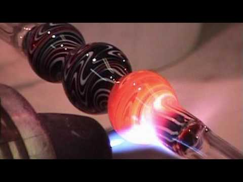Glass Blowing - reversal wigwag switchback  Part 1 - Close up - Glass4Life