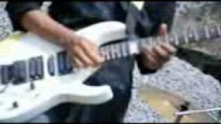 Meonk band berteman sepi bey (nayah simpank) youtube.