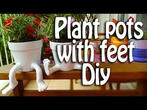 Ceramic pots with feet Diy