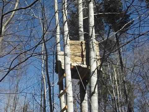 2 Deer blinds made from wood pallets