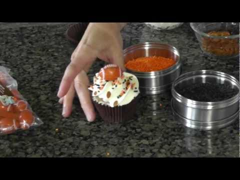 Football Cupcake Decorating Ideas