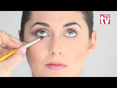 TIP: How to make your eyes look wider