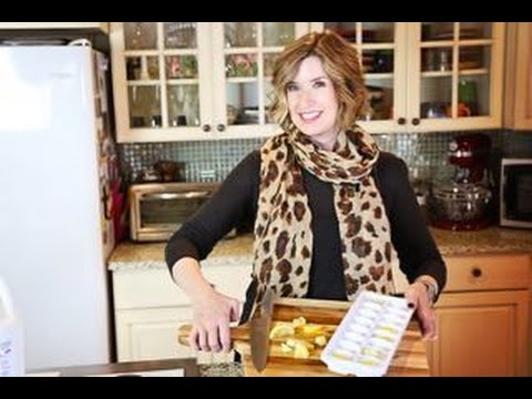 How To Clean and Freshen a Garbage Disposal | Don't Look Under The Rug® with Amy Bates