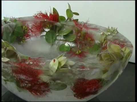How to make a Christmas Ice Bowl