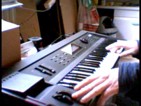 Pink Floyd's Shine on intro on Kurzweil K2000