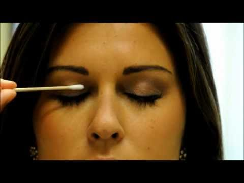 How to Clean Incisions After Blepharoplasty / Eyelid Surgery (San Diego, La Jolla)
