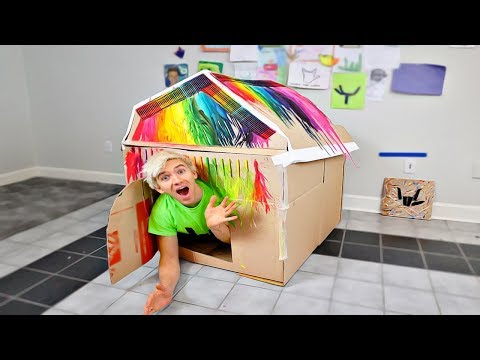 MELTED CRAYON BOX FORT!!