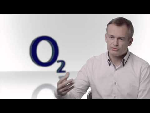 O2 Czech: Creating customer loyalty and new revenue with a Unified Data Architecture™