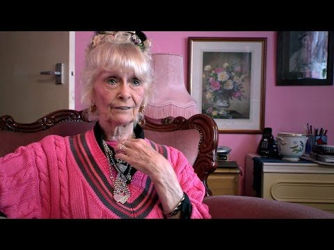 Jenny Rainbird's pink palace - Swap my Council House: Preview - BBC One