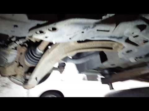 Fiat 500 lower arm removal/replacement and ball joint removal.