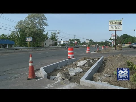 Hadley lane closures