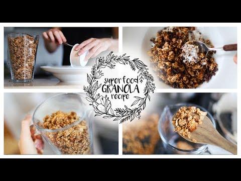 SUPERFOOD GRANOLA RECIPE // delicious + healthy