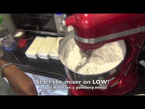 Making Swiss Merengue Buttercream