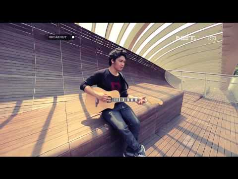Breakout NET - The Overtunes - The Man Who Can't Be Moved ( The Script Cover )