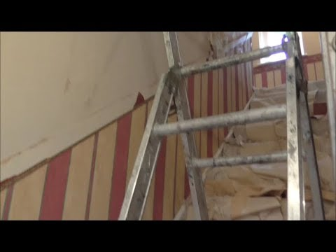 How to strip wallpaper on a staircase