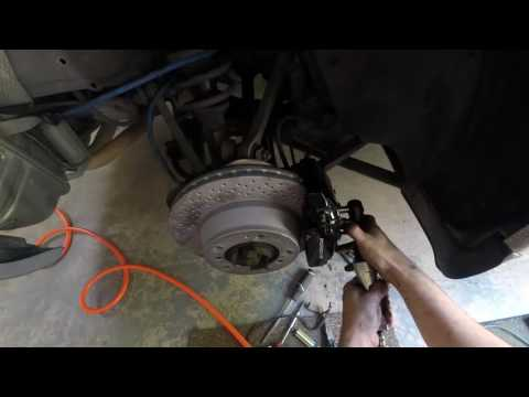 2002 Porsche 911 996 Rotors and Brake Pads Replacement