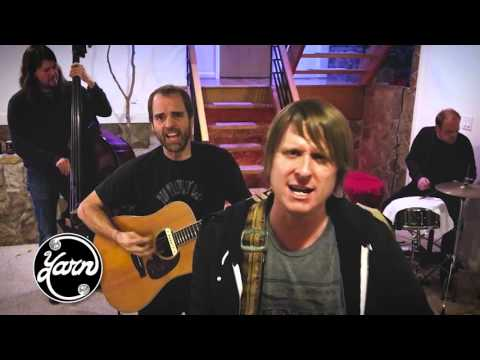 Yarn - 50 Ways To Leave Your Lover (Paul Simon Cover)