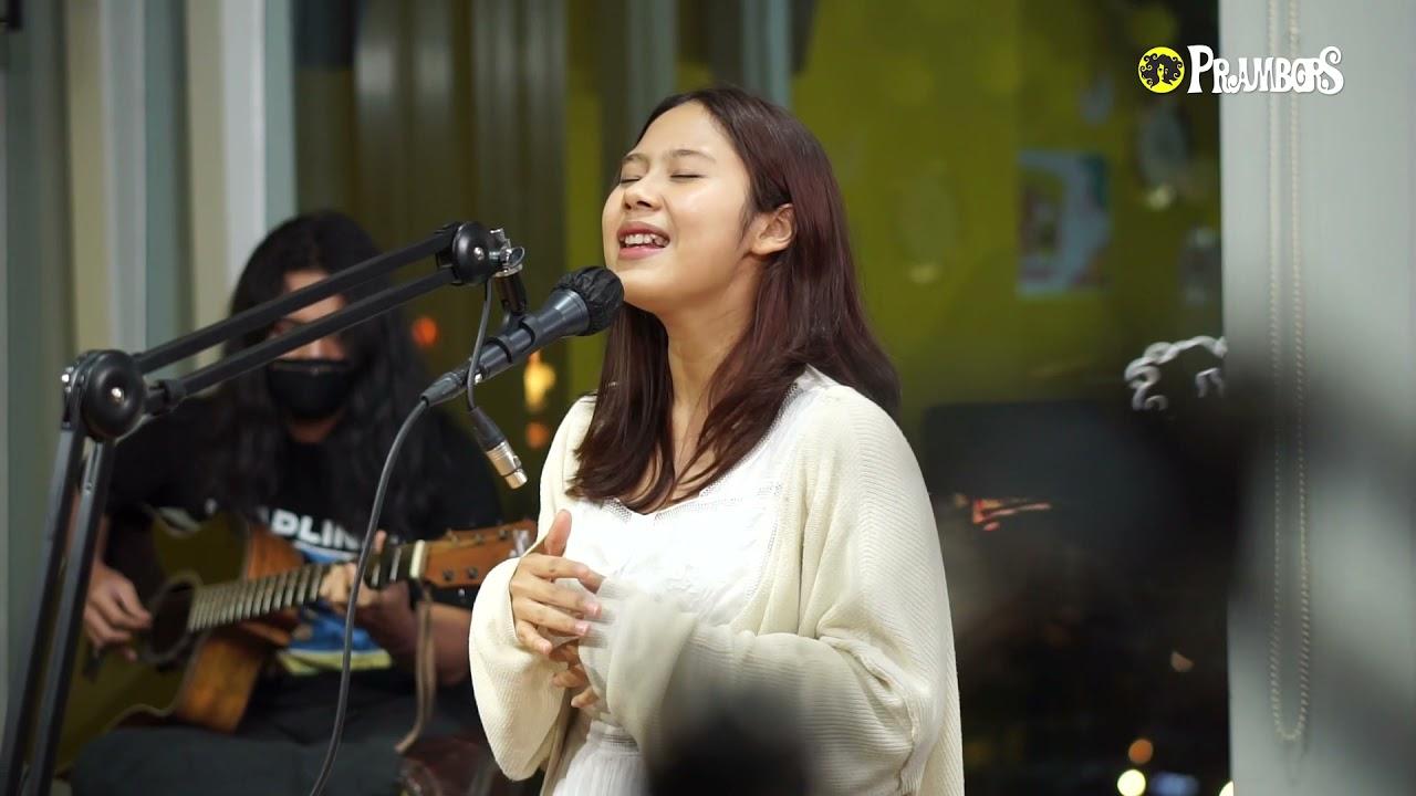 Download Bund... Ada Nadin Amizah Nyanyiin Bertaut di Prambors Nih! MP3 Gratis