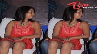 Actress Pavina - Hot Leg Show