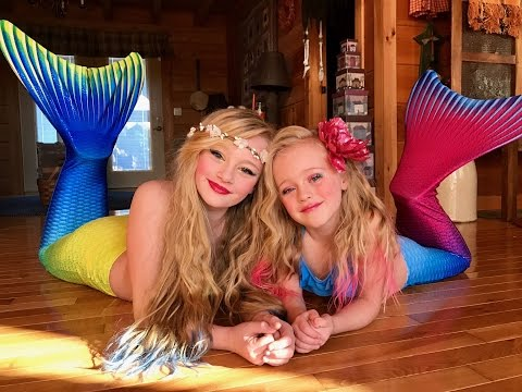 The legend of the Magic Mermaid. Princess Ella and playdoh girl make a wish and become real mermaids