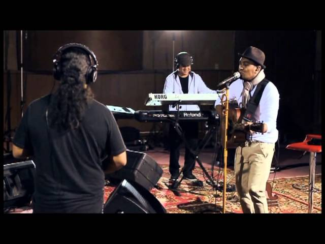 Glenn Fredly - Timur - Rame Rame (Live)