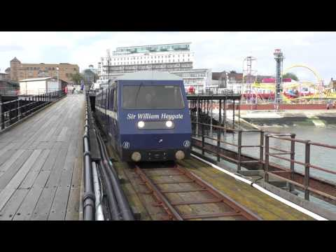 (HD) Southend Pier Tramway - Sir William Heygate departs Southend - 26/5/15.