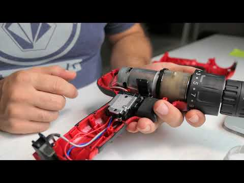 Whats Inside? - Hyper Tough Cordless Drill - Inside Look 005