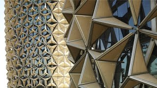 """What are """"Kinetic Buildings""""? 
