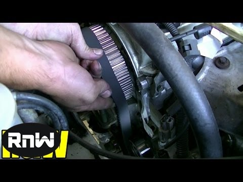 How to Remove and Replace the Timing belt and Water Pump - Mitsubishi 2.4L SOHC Engine PART 3