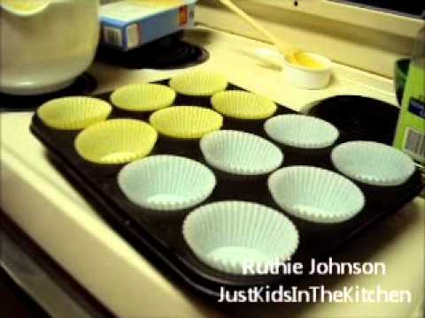 How To Make Vinilla Cupcakes From The Box