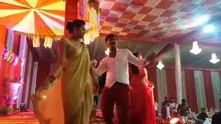 पहली बार किया Stage Performance #Kallu & #Yamini....... एक साथ अपने भाई की शादी में