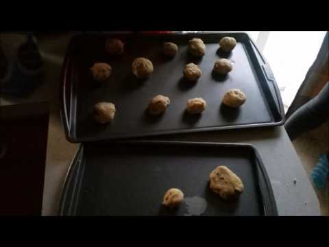 How To Make Cookies & Licuados  (In Spanish)