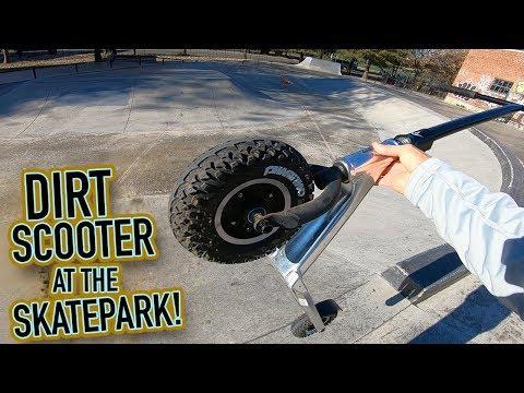DIRT SCOOTER TRICKS AT THE SKATEPARK!