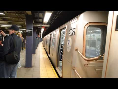 NYCT R160 (E) Arriving/Departing Queens Plaza