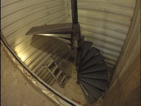 How to build a spiral stair case