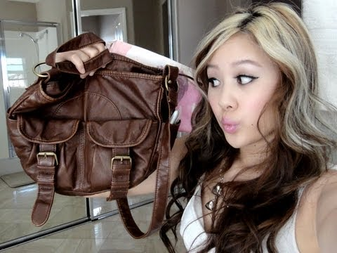 What's in My Purse / Makeup Bag!?