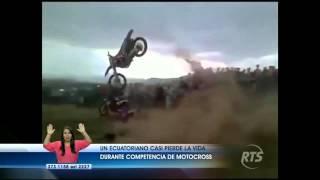 Ecuatoriano casi muere en competencia motocross