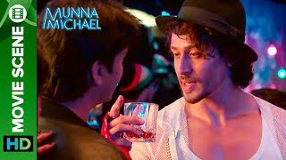 Download Tiger Shroff's show down | Munna Michael Video