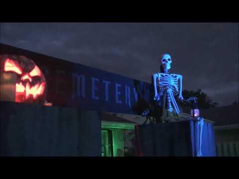 Eerie Acres Cemetery Halloween Night 2017