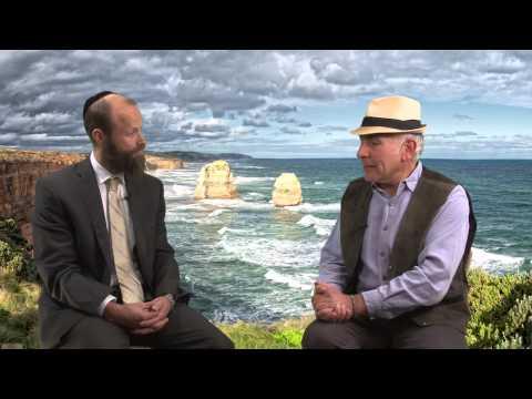 The SHTICK S32-11 Seg.3  Menachem Vorchheimer ... what makes him happy ?