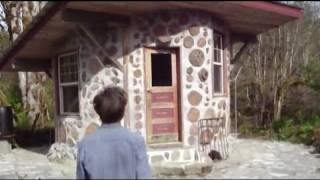 tiny house / cordwood house / round house off grid