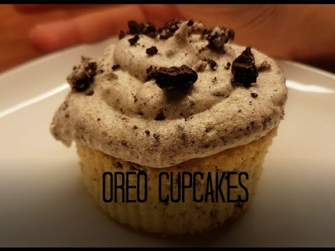 How to make delicious Oreo Cupcakes with Cream cheese frosting