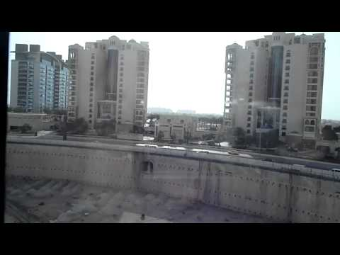 Metro in Jumeirah Palm Island from Atlantis Hotel in Dubai World.MP4