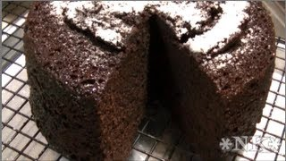 How To Bake A Cake In The Microwave Noreen S Kitchen