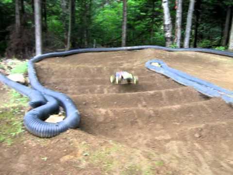 vince rc backyard track t4.1 triple jump