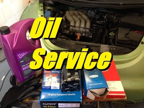 [HOW TO] 2.0 VW Service - Oil and filter change