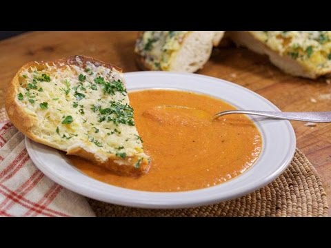 Roasted Garlic Tomato Soup with Cheesy Garlic Bread