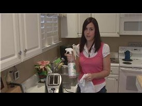 Housecleaning Tips : Cleaning Brushed Stainless Steel Appliances
